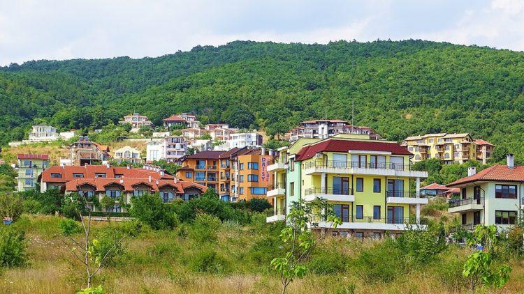 Минимальная и средняя пенсия в Болгарии