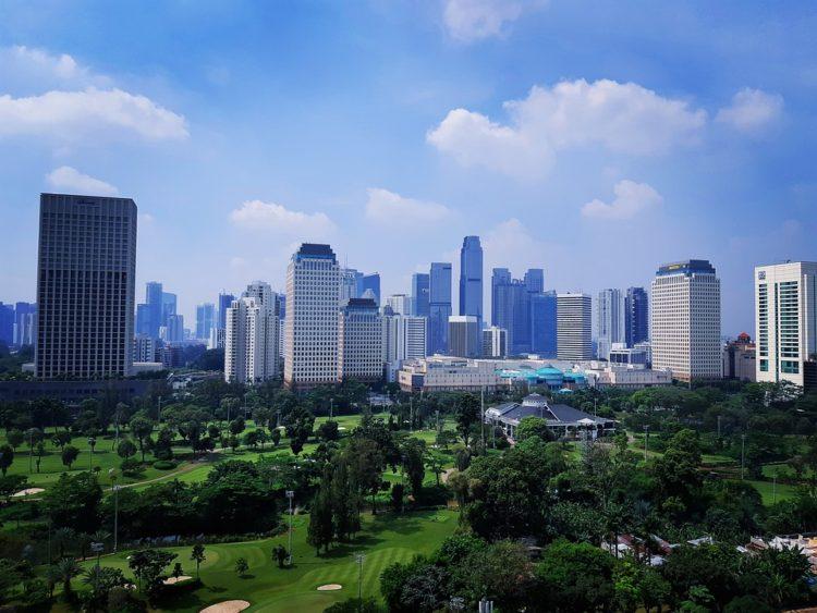 Средняя зарплата в Индонезии