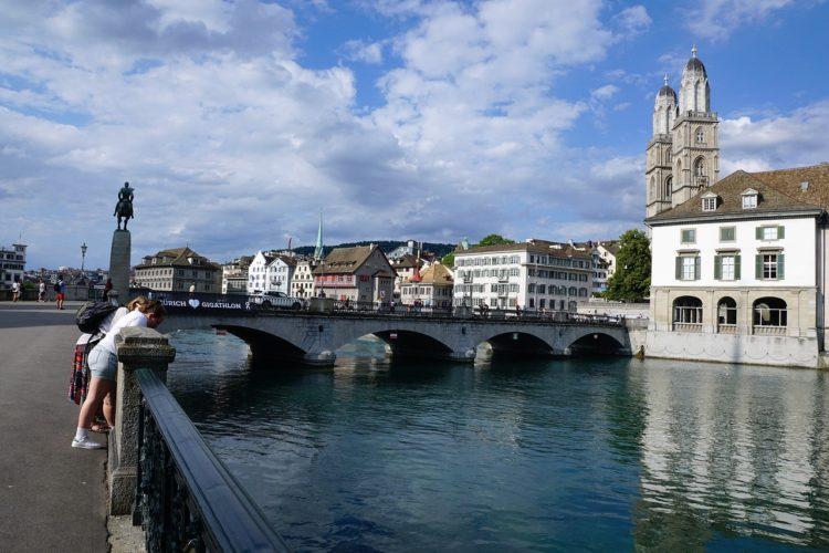 Почему народ Швейцарии отказался от минималки