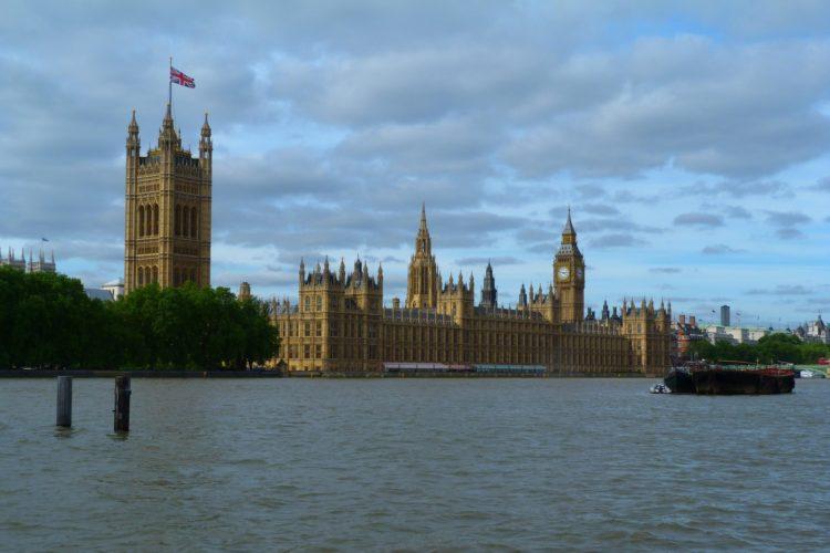 Великобритания - одна из худших стран для выезда на ПМЖ