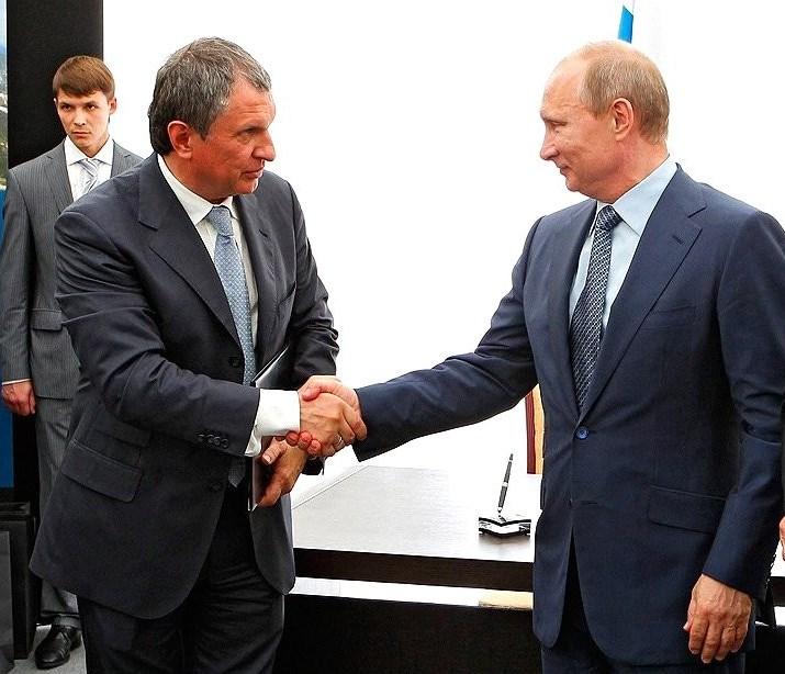 Зарплаты топ-менеджеров в России