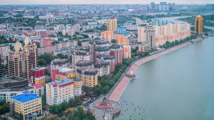 МРОТ и средняя зарплата в Казахстане