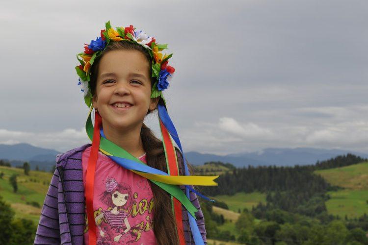 Украинская счастливая девочка