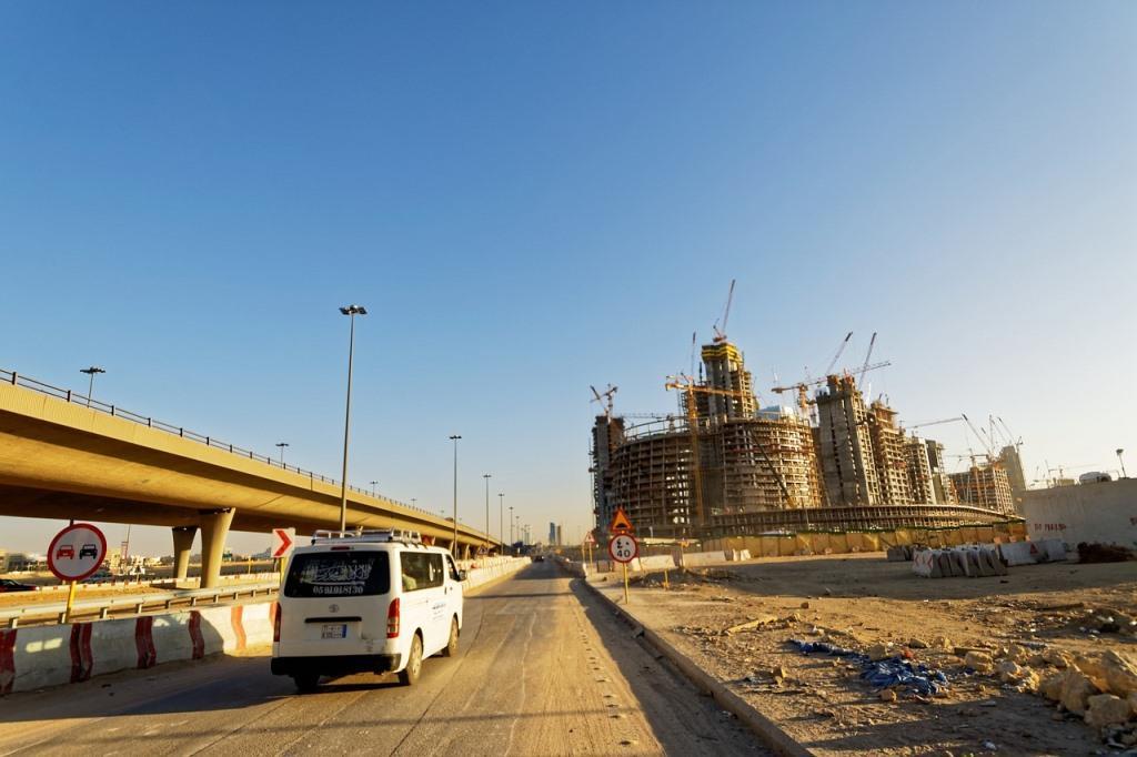 Ультрасовременные города Саудовской Аравии построены руками приезжих