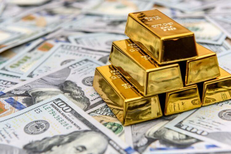 Золото в запасах