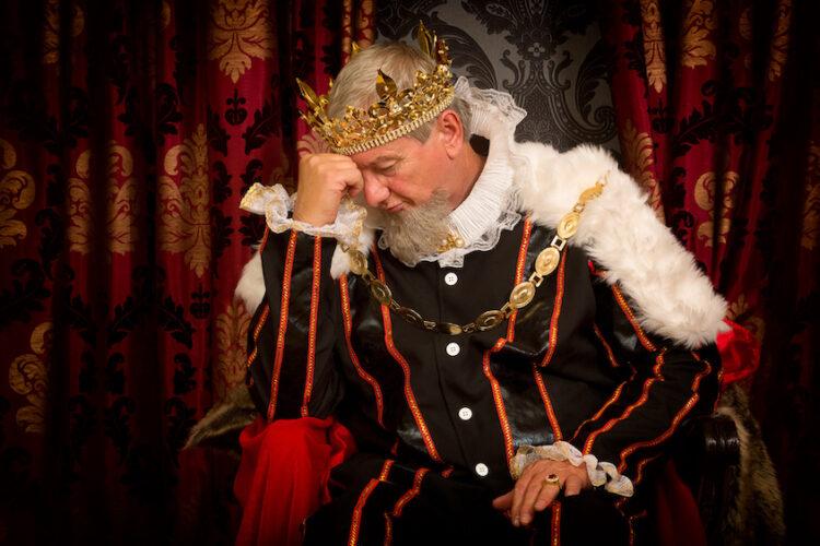 Европейские монархии и зарплаты в них